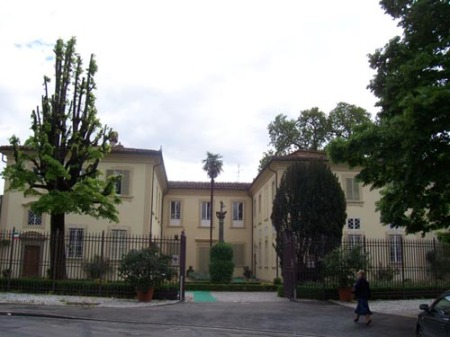 800px-villa_rucellai.jpg