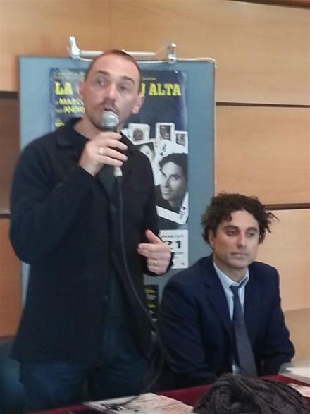 Il sindaco Fossi e Bruno Savelli, direttore artistico durante la conferenza stampa